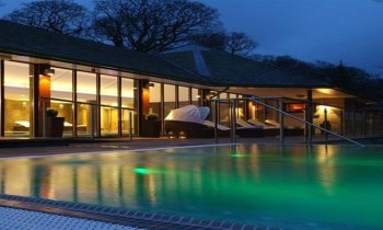 Hotels with swimming pools in the lake district for Keswick spa swimming pool prices