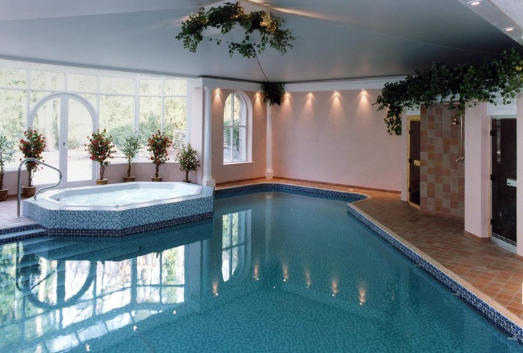 The Grange Hotel Swimming Pool