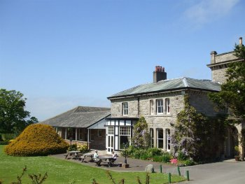 Hundith Hill Hotel Outside