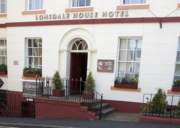 Lonsdale House Hotel Outside