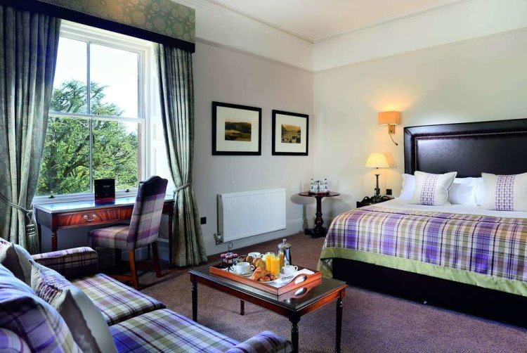 Macdonald Leeming House Hotel Room