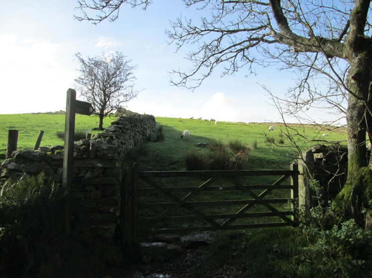 The Gate for the Path to Tewet Tarn